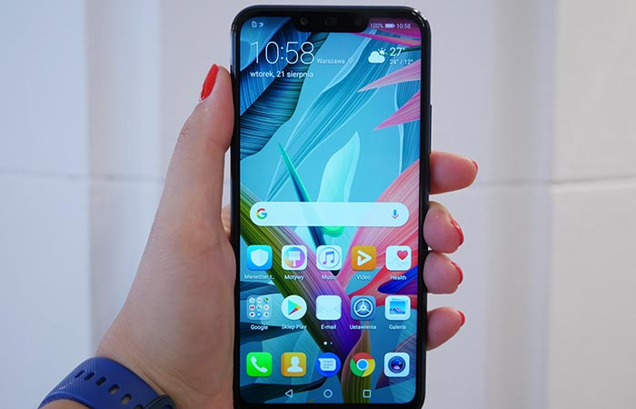 Huawei Mate 20 Lite Software - EMUI 8.2 Based on Android 8.1 Oreo