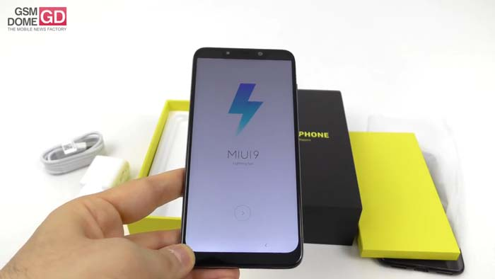 Xiaomi Pocophone F1 Unboxing Video - Software