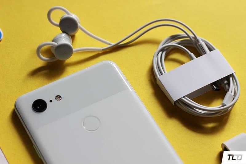 Google Pixel 3 XL Unboxing - USB-C Earphones