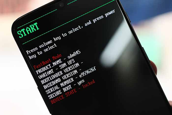 Install TWRP Recovery on OnePlus 6T - Bootloader Mode