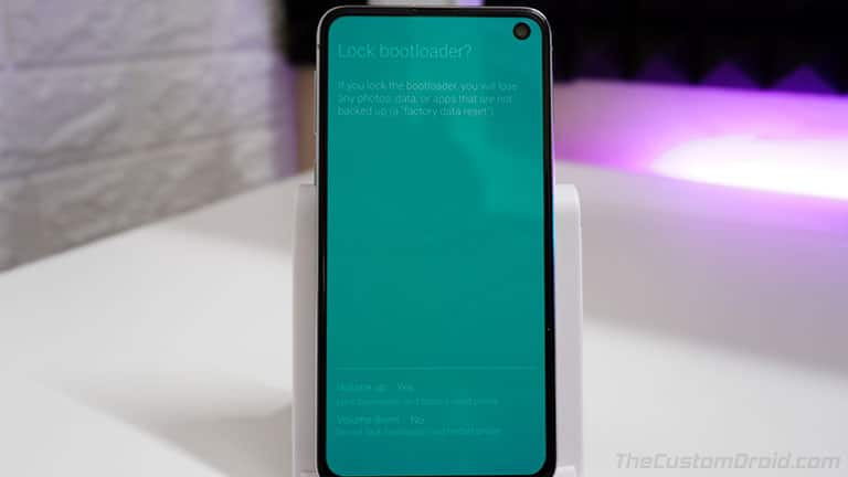 Press Volume Up to Confirm and Relock Bootloader on Samsung Galaxy S10