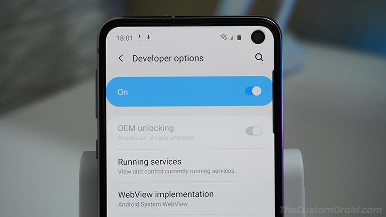 Ensure that 'OEM Unlocking' is turned ON in Samsung Galaxy S10