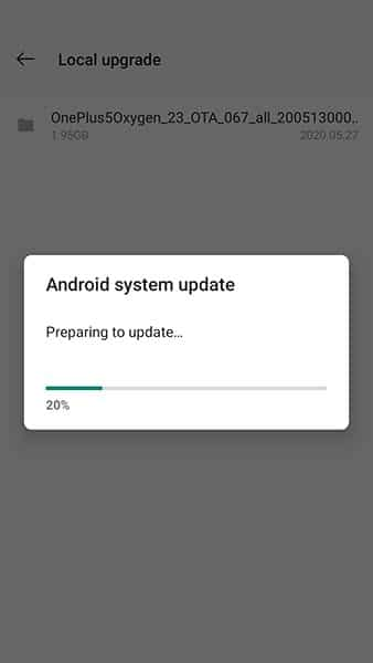 OxygenOS Update being installed on OnePlus 5/5T