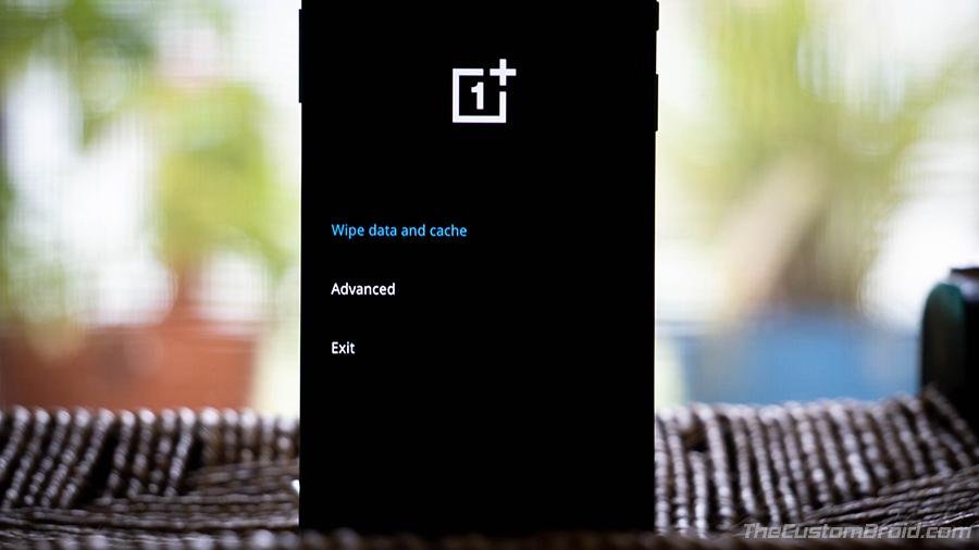 Восстановление заводских настроек OnePlus 8 с помощью Stock Recovery