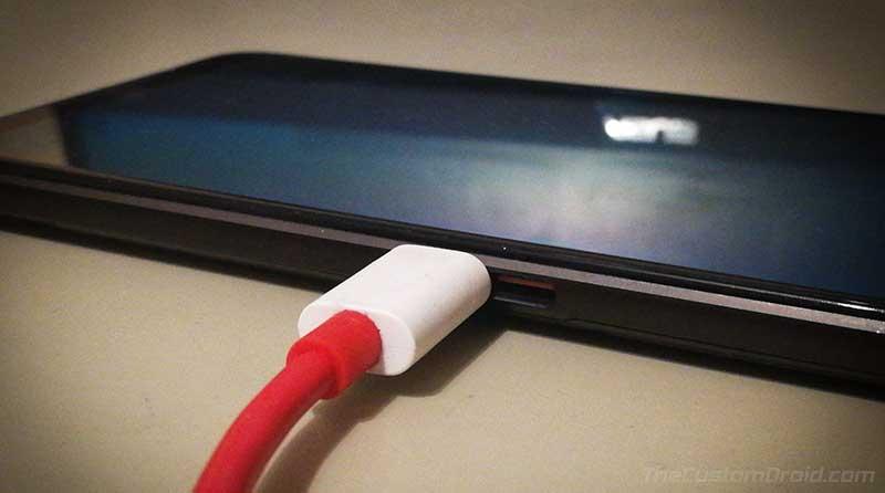 Подключите ROG Phone 3 к компьютеру в режиме Fastboot Mode